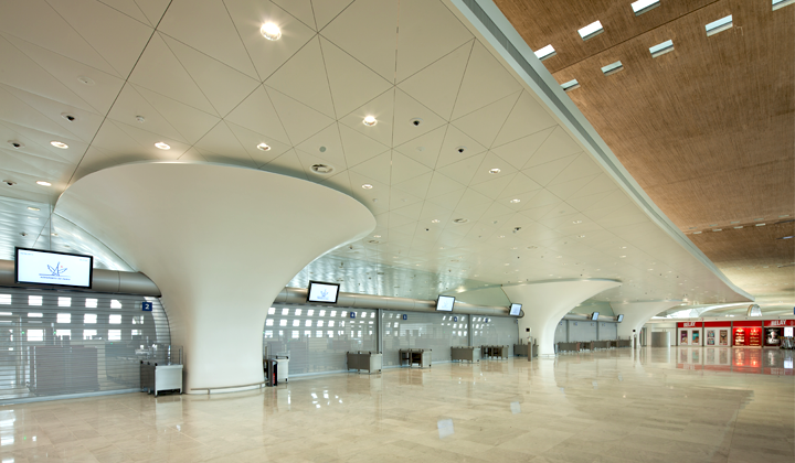 Aéroport de Paris charles de gaulle solid surface