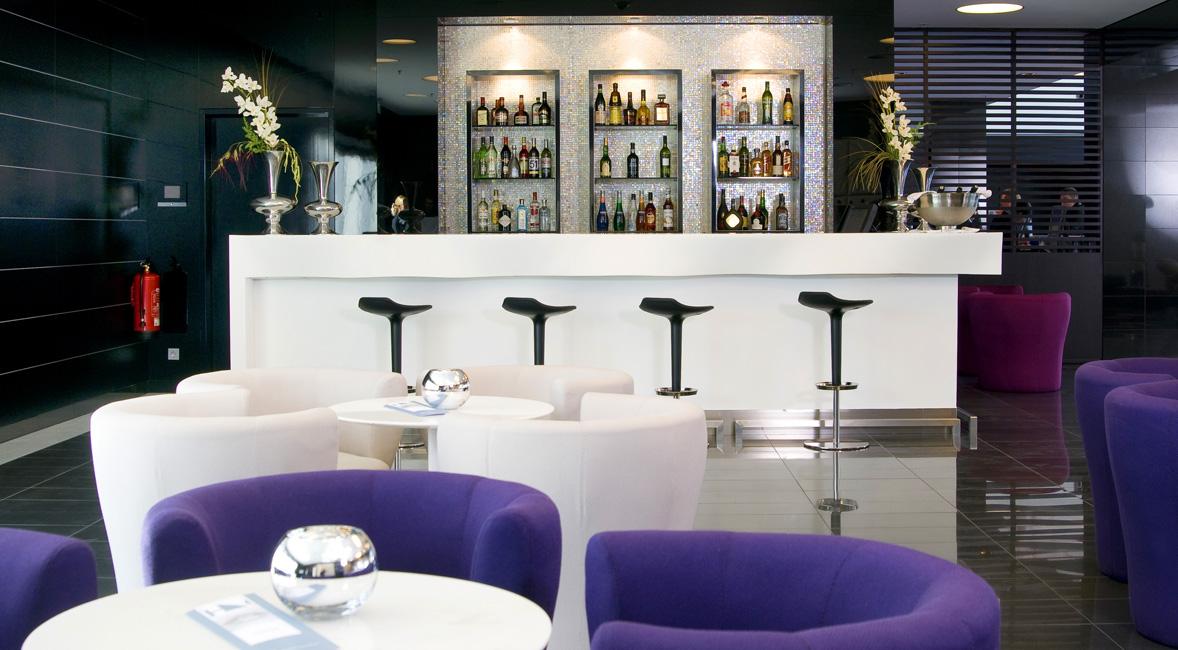 Bar hôtel solid surface