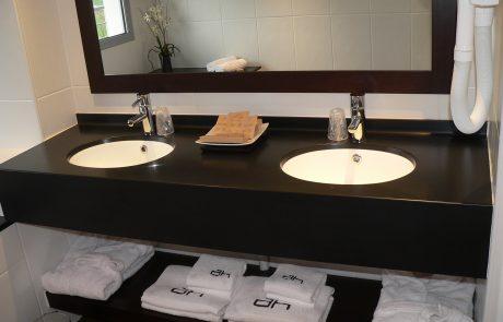 solid surface pour salles de bain