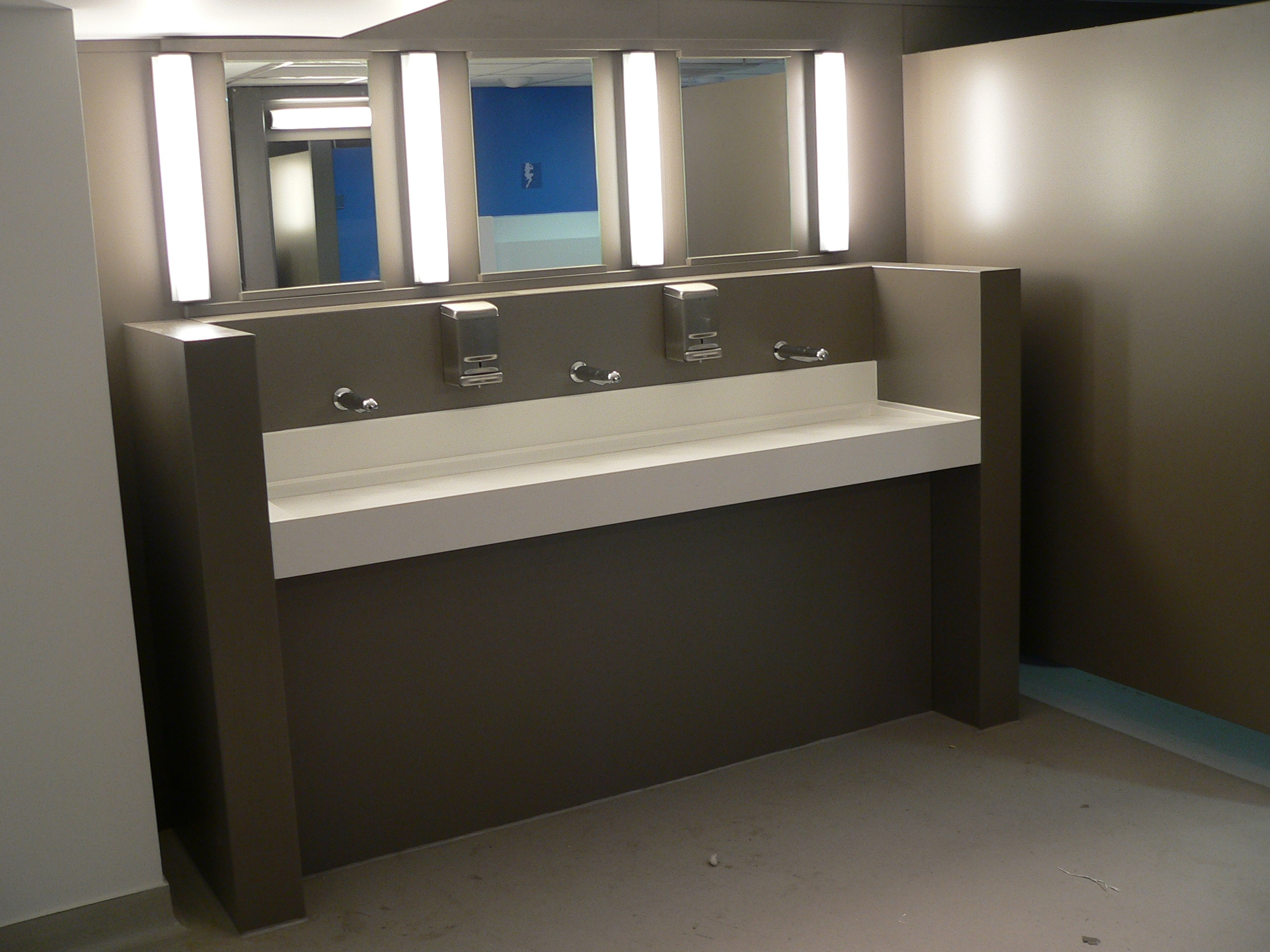 Sanitaire solid surface