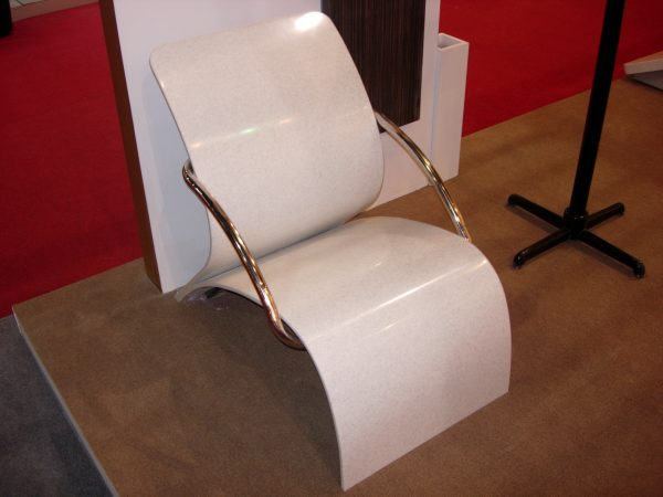 Chaise en solid surface